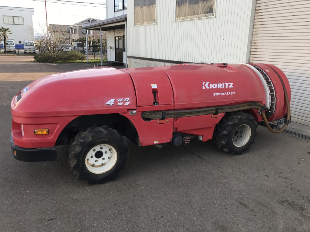 栃木県宇都宮市芳賀郡のS様からスピードスプレーヤーと芝刈り機を買い取りいたしました、今回はスピードスプレーヤーだけを投稿させていただきます。