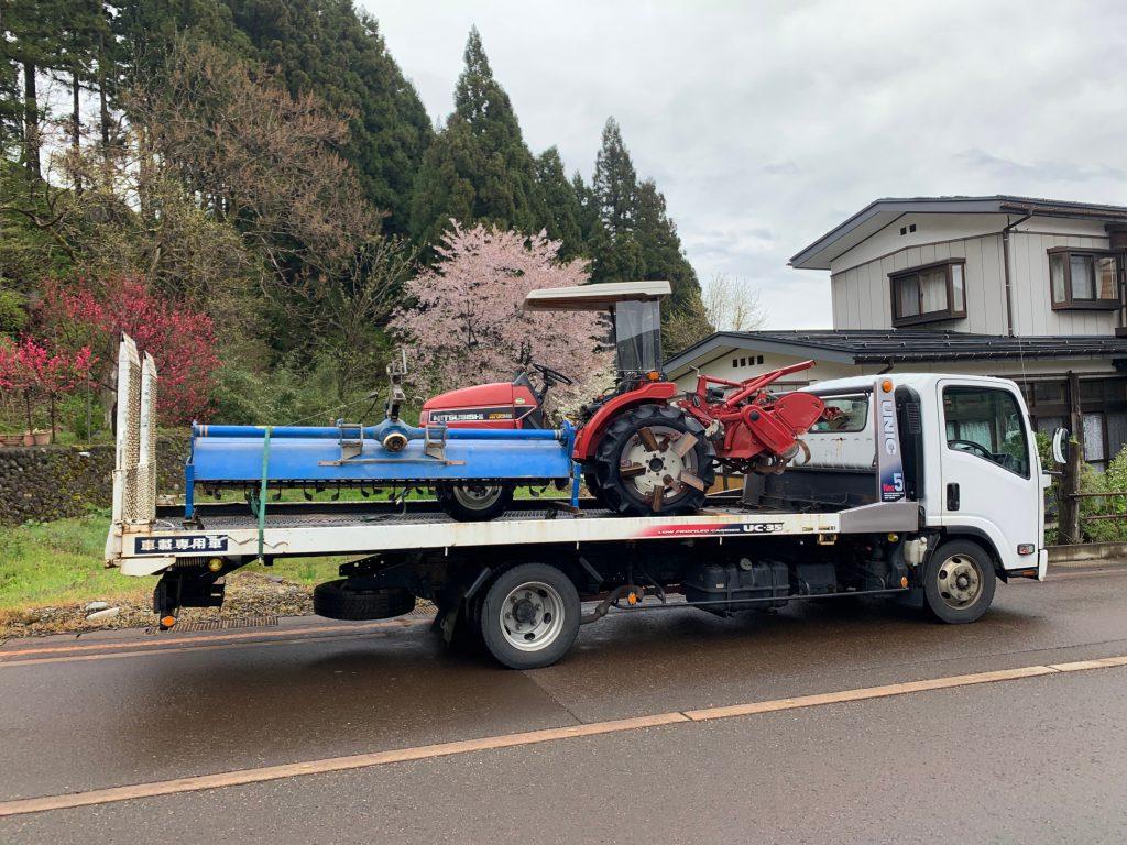小千谷市S 様より三菱トラクターMT245を買取させて頂きました。新しいトラクターと入替との事。これから本番、頑張って下さい。の写真